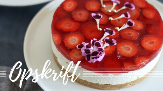 Stikkelsbær cheesecake med jordbær